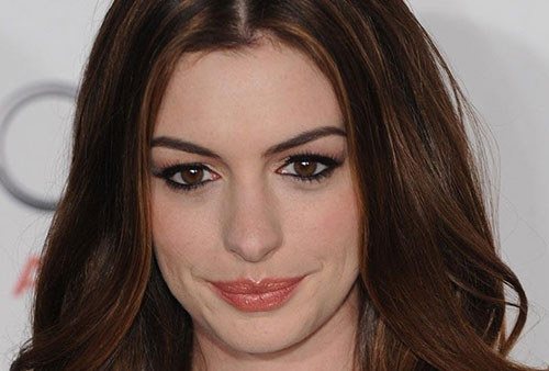 anne hathaway,trucco,make up,look,copiare il make up